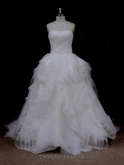 Alluring Wedding Dresses and Gowns UK from LandyBridal online store