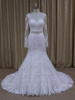 Exquisite Lace Wedding Dresses and Gowns UK at LandyBridal.