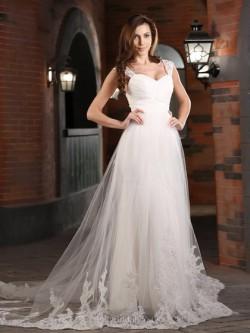 Plus Size Wedding Dresses UK, Flattering, Comfortable Designs