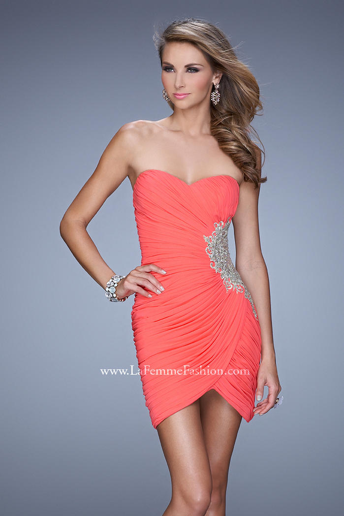 US$157.99 2015 Sweetheart Short Length Appliques Sleeveless Sheath