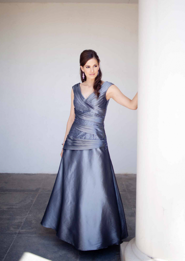 US$165.99 2015 Sleeveless V-neck Taffeta Floor Length