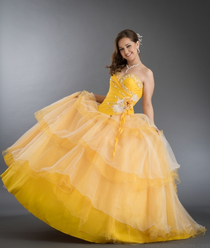 2017 New Beaded Flower Sweet 15 Ball Gown Yellow Satin Tulle Prom Dress Gown Vestidos De 15 Anos