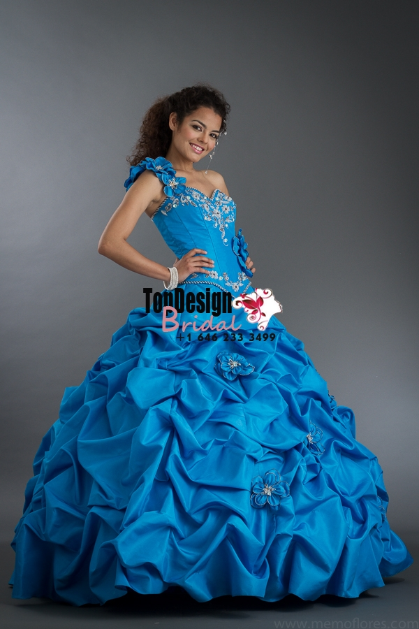 2017 New Beaded Sweet 15 Ball Gown One-Shoulder Blue Satin Prom Dress Gown Vestidos De 15 Anos
