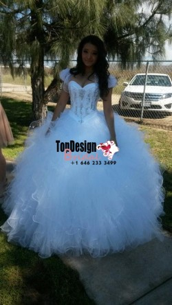 2017 New Beaded Sweet 15 Dress White Vestidos De Fiesta Satin Tulle Quinceanera Ball Gown