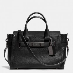 Coach Swagger Carryall In Pebble Leather Black