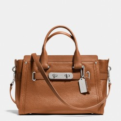 Coach Swagger Carryall In Pebble Leather Brown