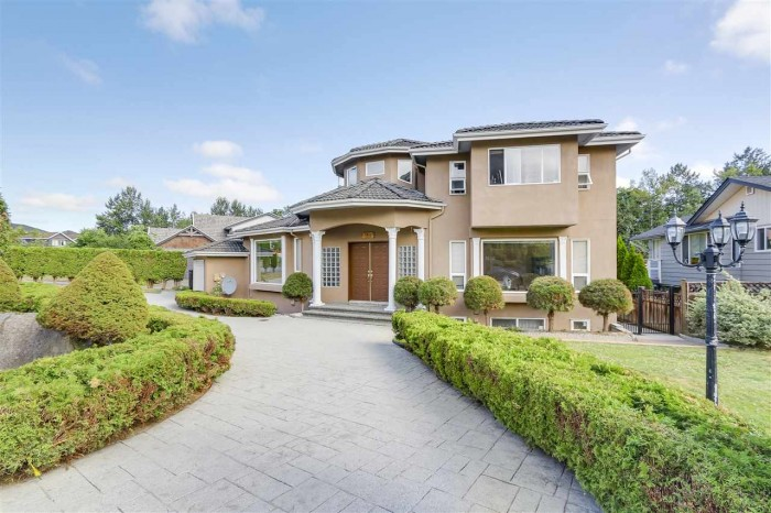 Vancouver Home For Sale