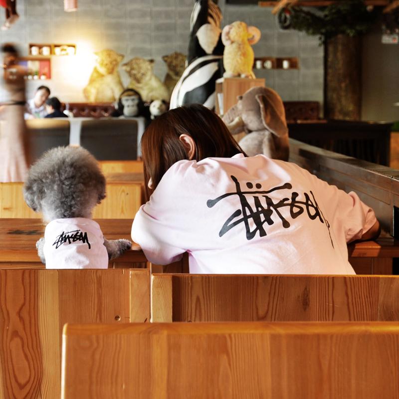 ステューシー ペット服 stussy 犬服 猫服 Tシャツ 袖無し