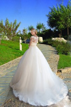 2017 3/4 Longitud de la manga Bateau vestidos de novia de tul con apliques tribunal tren US$ 309 ...