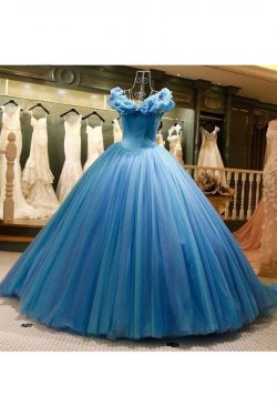 2018 Off the Shoulder Ball Gown Tulle Vestidos de quinceañera Barrer el tren US$ 399.99 VTOP7A1L ...