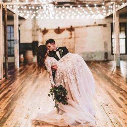 Elegante Hochzeitskleider Spitze Mit Ärmel Etuikleider Brautkleider Günstig