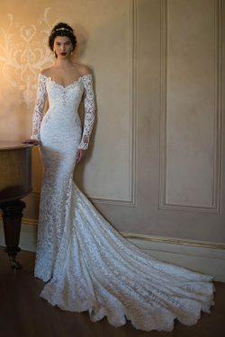 2018 sirena cuello en V de encaje con aplicaciones de vestidos de novia de tren de la corte US$  ...