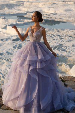 2018 V cuello tulle una línea de quinceañera vestidos con cuentas barrer el tren US$ 369.99 VTOP ...