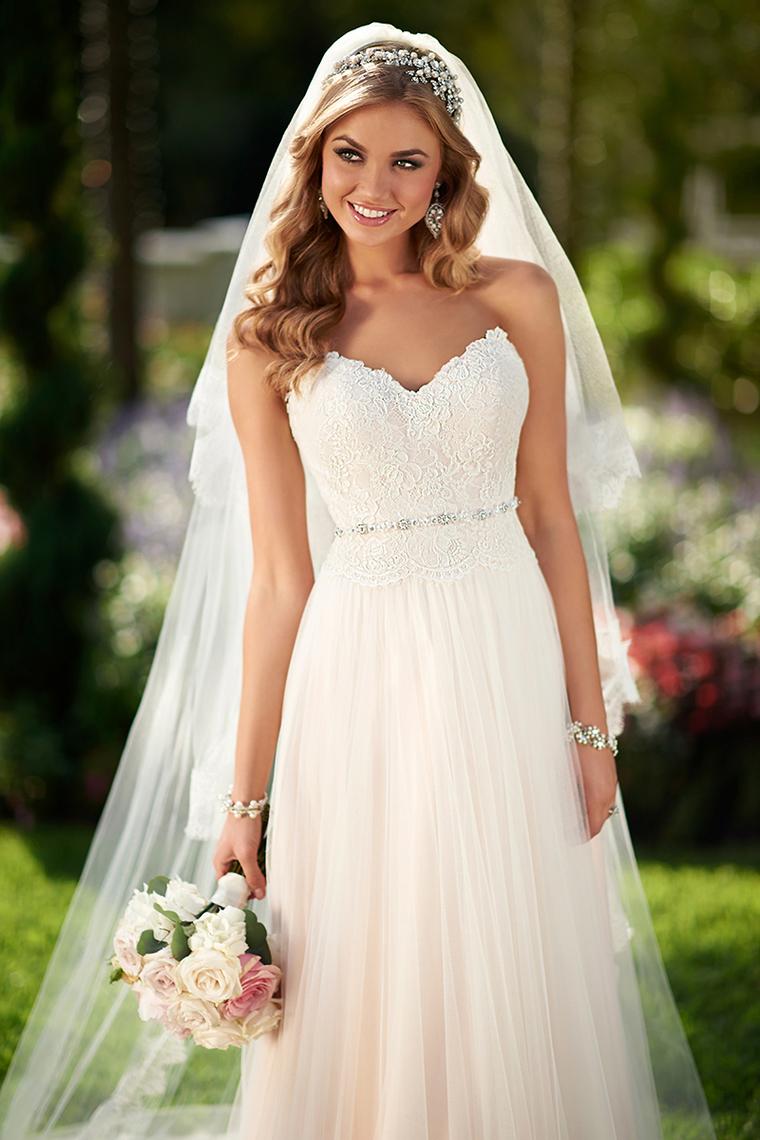2018 vestidos de boda de la corte del amor Tulle de tren con apliques US$ 209.99 VTOPZLR4XCZ  ...
