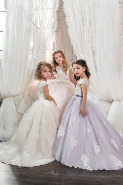 2019 vestidos de flores niña bola primicia vestido de tul con apliques de marco / Belt US$ 139.9 ...