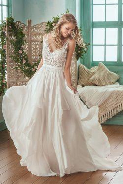 2018 vestidos de novia de gasa con cuello en V una línea con apliques y faja abierta atrás US$ 1 ...