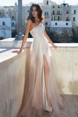 2018 vestidos de novia de la envoltura de un hombro tul y encaje con apliques US$ 299.99 VTOPFDY ...