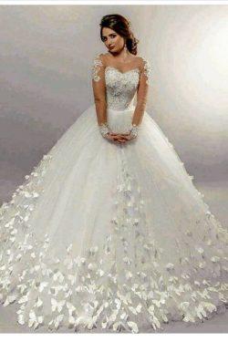 Dresses2019 elegante de la boda con las mangas largas Una línea de capilla de la cucharada de tu ...