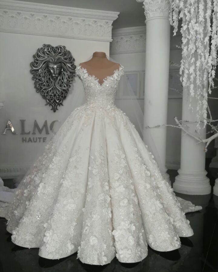 Designer Brautkleider Mit Spitze Blumen Weiße Hochzeitskleider online