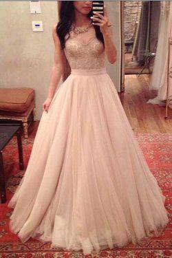 2019 Tulle Sweetheart Una línea de vestidos de baile con Applique Sweep tren US$ 169.99 VTOPA2KQ ...