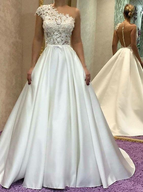 schlichtes Brautkleid A Linie | Hochzeitskleider Mit Spitze Online