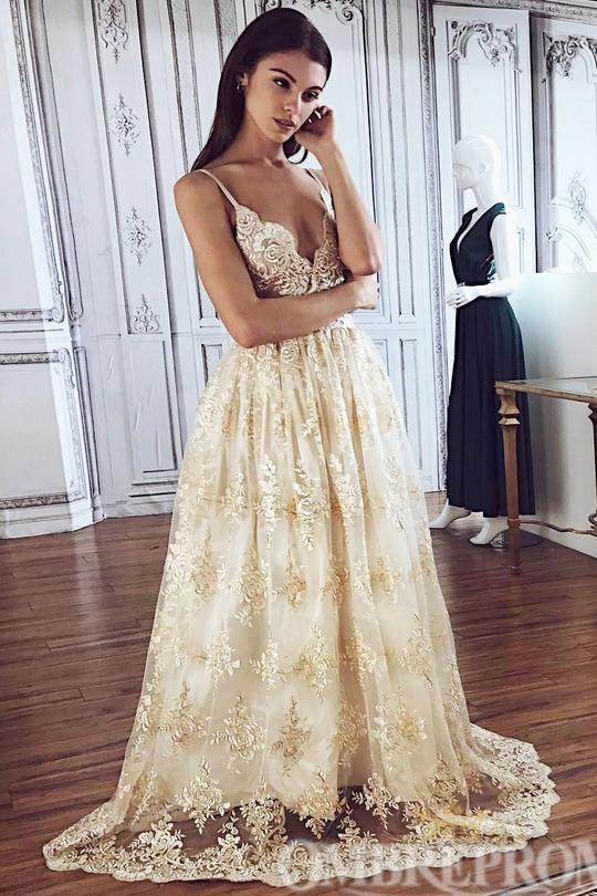 Charming Spaghetti Straps Appliques A Line Lace Wedding Dress W760