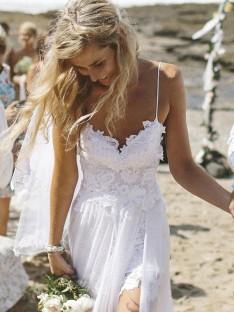 A-ligne/Princesse Col en V Longueur Sol Mousseline de soie Robes de Mariée
