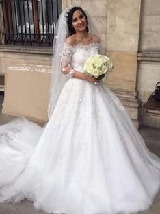 Robe de bal Tulle Épaules dégagées Traîne Chapelle Robes de Mariée