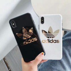 アディダス iPhoneXR/XSケース