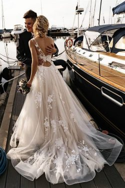 A Line Floral Appliques Beach Wedding Dresses Backless Tulle Boho Wedding Gowns on sale – PromDr ...