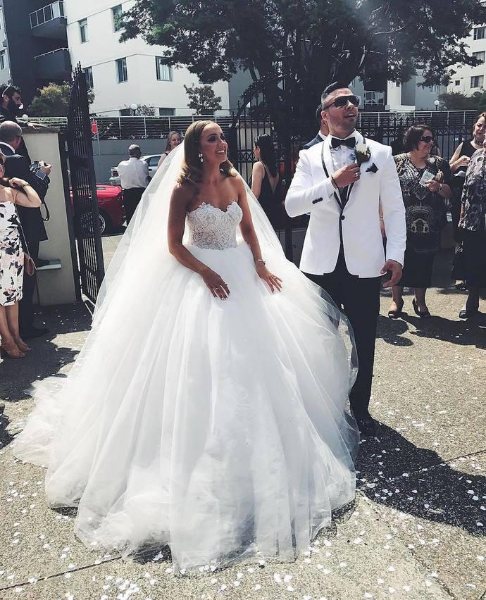 Designer Brautkleider A Linie Mit Spitze | Hochzeitskleider Günstig Online