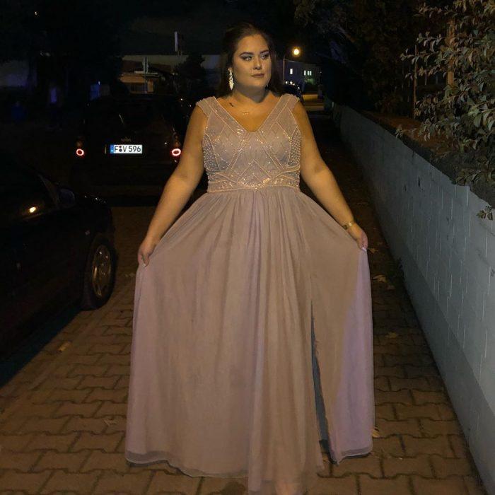 Elegante Abendkleider Große Grüße | Übergroße Abendmoden Online