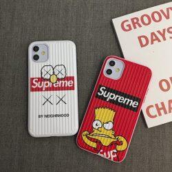Supreme アイフォン11pro max/11ケース