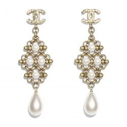 Metal Imitation Pearls Gold Pearly White Earrings | CHANEL