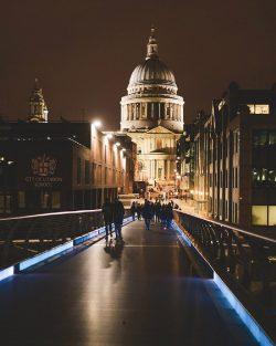 Get the Best Hotels near Kings Cross St Pancras in London