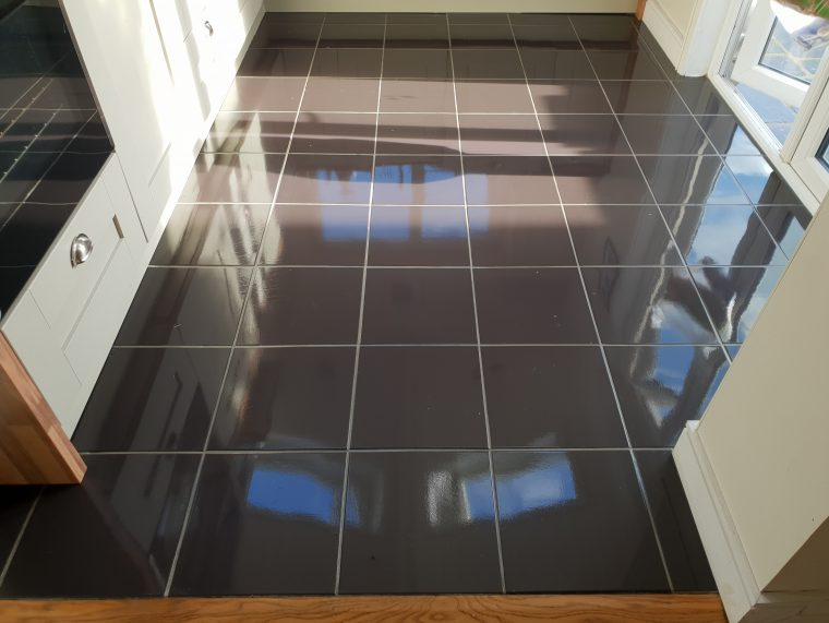 Porcelain Floor Polishing Services