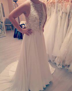Schlichte Brautkleider mit Spitze | Hochzeitskleider A Linie Chiffon
