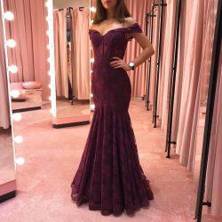 Elegante Abendkleider Mit Spitze | Weinrote Abendmoden Online