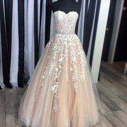 Elegante Abendkleider Mit Spitze | Abendmoden online Kaufen
