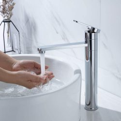 Différents types de robinets d'évier
