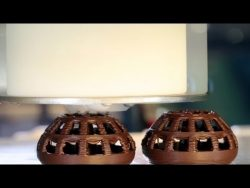 How Hershey's is Using 3-D Printers to Make Chocolate Kisses – YouTube