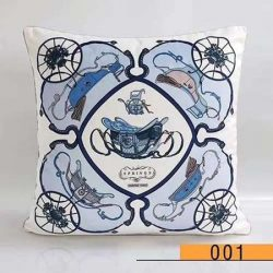 CHANEL エルメス クッション 中身+カバー 枕 抱き枕 車用 家用 45*45cm 新品