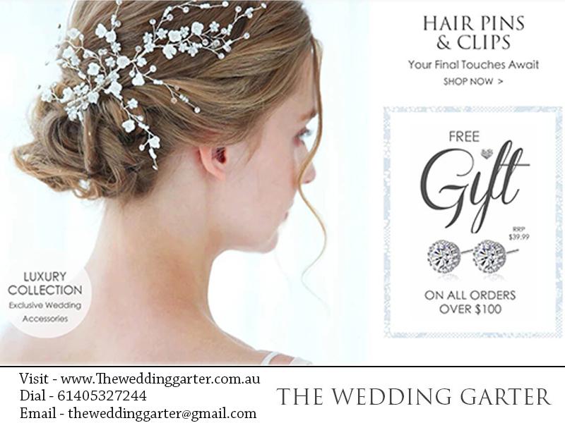 Bridal Hairclips & Hairpins At The Wedding Garter