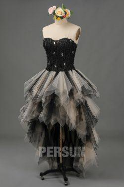 Robe de mariée gothique noire champagne bustier coeur en dentelle