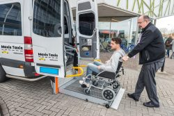 Wheelchair Maxis Taxis Melbourne Airport – Maxis Taxis Melbourne