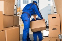 Mayzlin Relocation LLC – Hiring a Moving Company