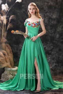 Robe de soirée longue fendue vert émeraude embelli de fleurs
