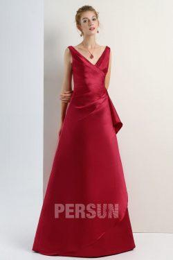Robe de soirée longue rouge rubis plissé décolleté en V