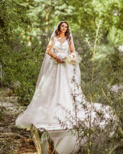 Designer Brautkleider A Linie | Hochzeitskleider mit Spitze