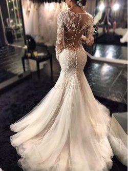 Langärmeliges Natürliche Taile Tüll Brautkleid mit Bordüre mit V-Ausschnitt – MeKleid.de